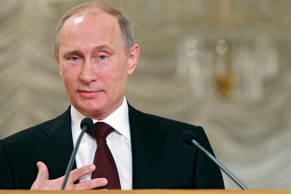 Выступление Владимира Путина на первом Съезде родителей России.